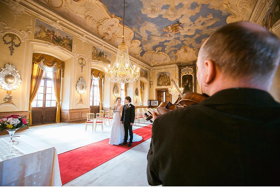 Wedding at Chateau Dobris