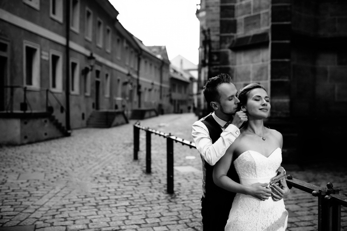 prague-elopement-castle-photographer