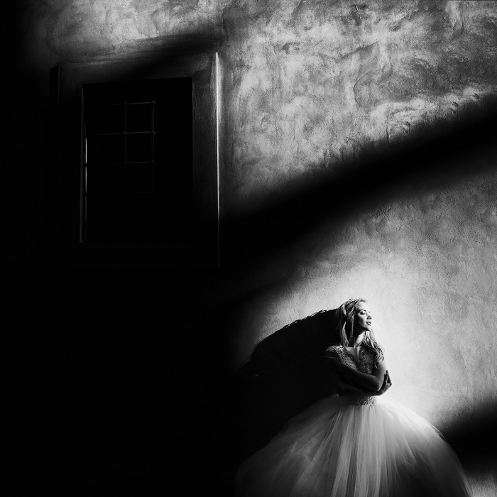 bride-beautiful-light