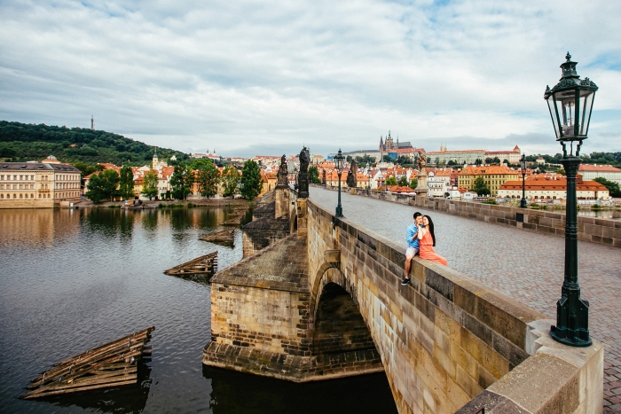 charles-bridge-morning