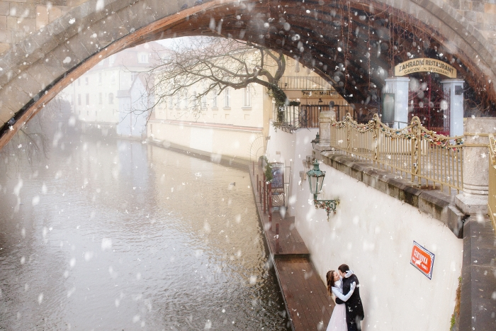 winter-wedding-prague