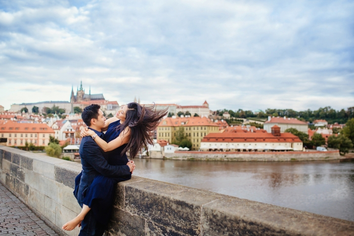 prague-prewedding-photoshoot