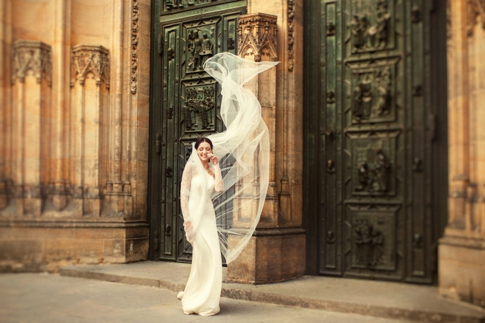 Prague-cathedral-wedding